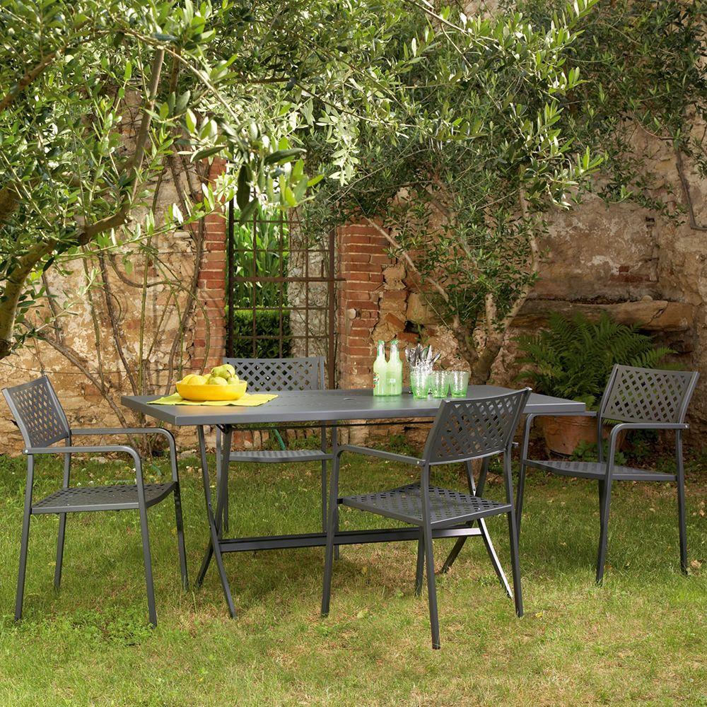 Rig17p sedia in metallo con braccioli impilabile per for Tavoli in metallo per giardino