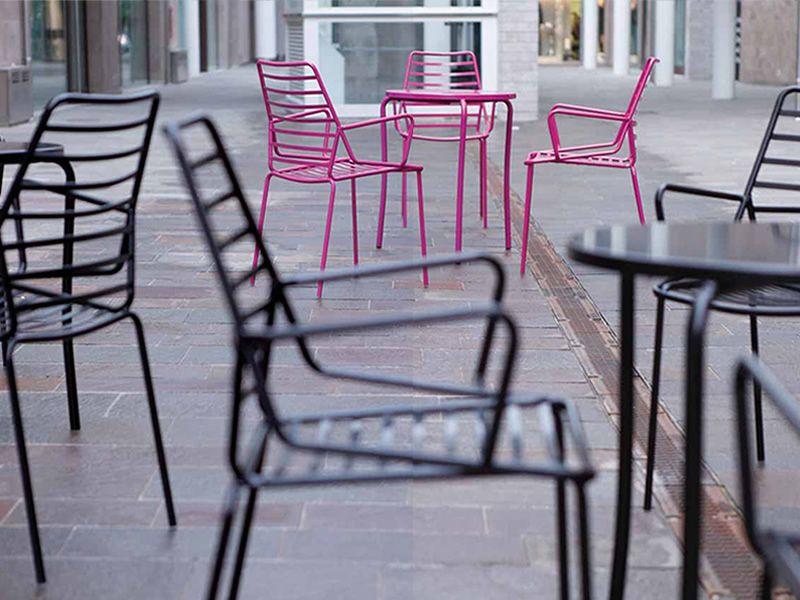 Link per bar e ristoranti sedia in metallo per bar e for Stock sedie usate per bar