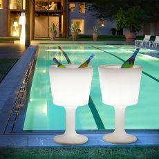 Light Drink - Porte-bouteilles avec système d'éclairage  -  Lampe à poser au sol Slide en polyéthylène, idéale à l'extérieur
