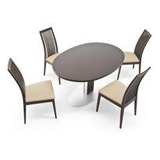432 - Sedia in legno, seduta imbottita e rivestita in similpelle