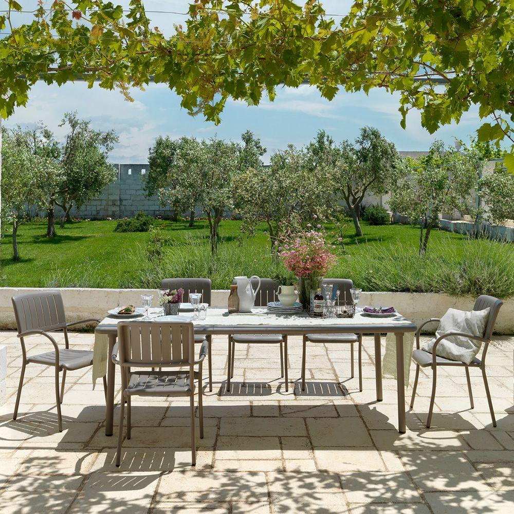 Maestrale 220 tavolo allungabile in metallo piano in for Tavoli in metallo per giardino