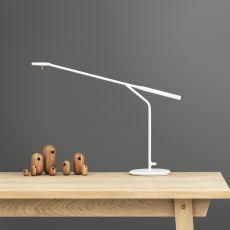 Flow - Lampada da tavolo Normann Copenhagen in acciaio, diversi colori disponibili