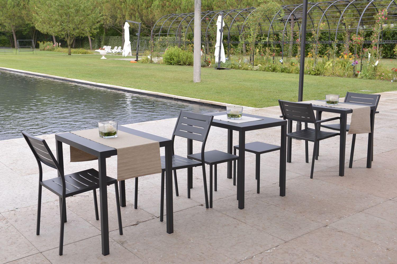 Rig72tp tavolo in metallo impilabile diverse misure for Tavoli in metallo per giardino