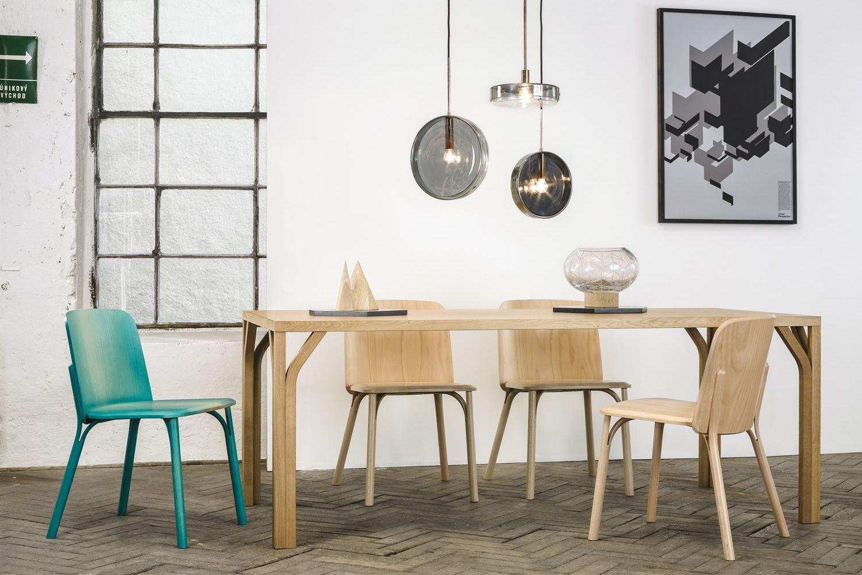 Split sedia ton in legno seduta in legno o imbottita for Sedie di design in legno