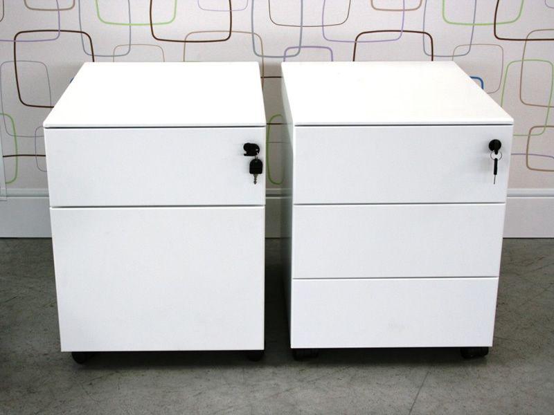 Cassettiera metal cajonera para oficina en metal equipada con ruedas con dos o tres cajones - Cajonera de oficina ...