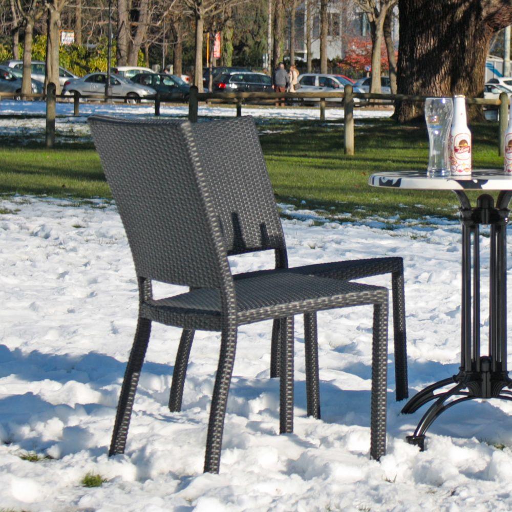 E18 sedia in alluminio e rattan sintetico per esterno impilabile sediarreda - Sedia in rattan ...