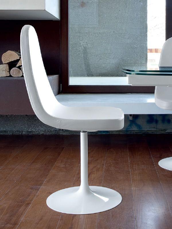 blade p drehbarer stuhl domitalia aus metall gepolsterter sitz mit bezug aus kunstleder. Black Bedroom Furniture Sets. Home Design Ideas
