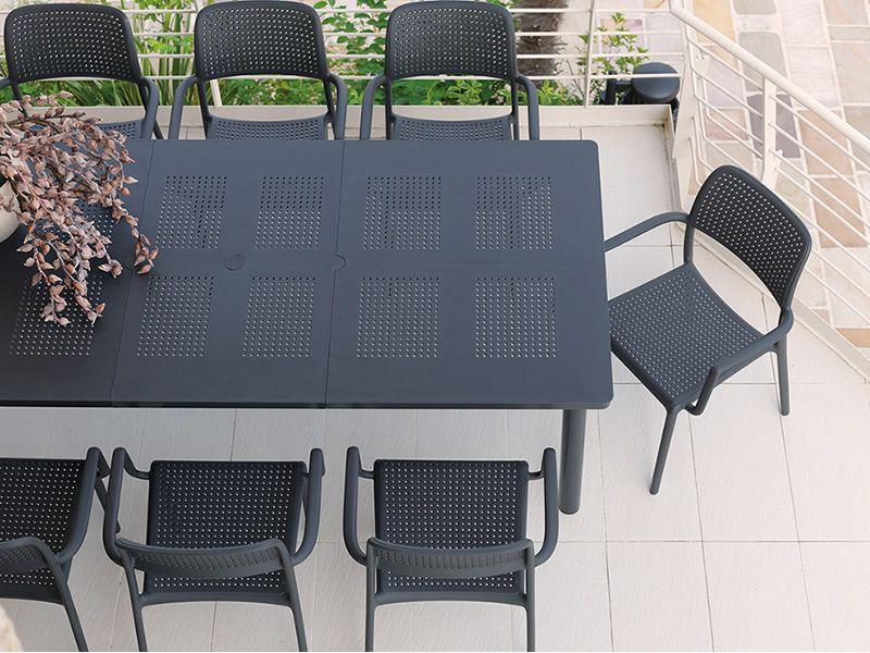 libeccio verl ngerbarer metalltisch harzplatte von. Black Bedroom Furniture Sets. Home Design Ideas