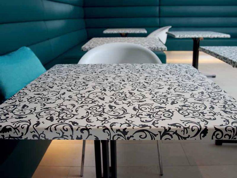 Werzalit tops pour bars et restaurants plateau de table - Deco jardin nice rue barla versailles ...