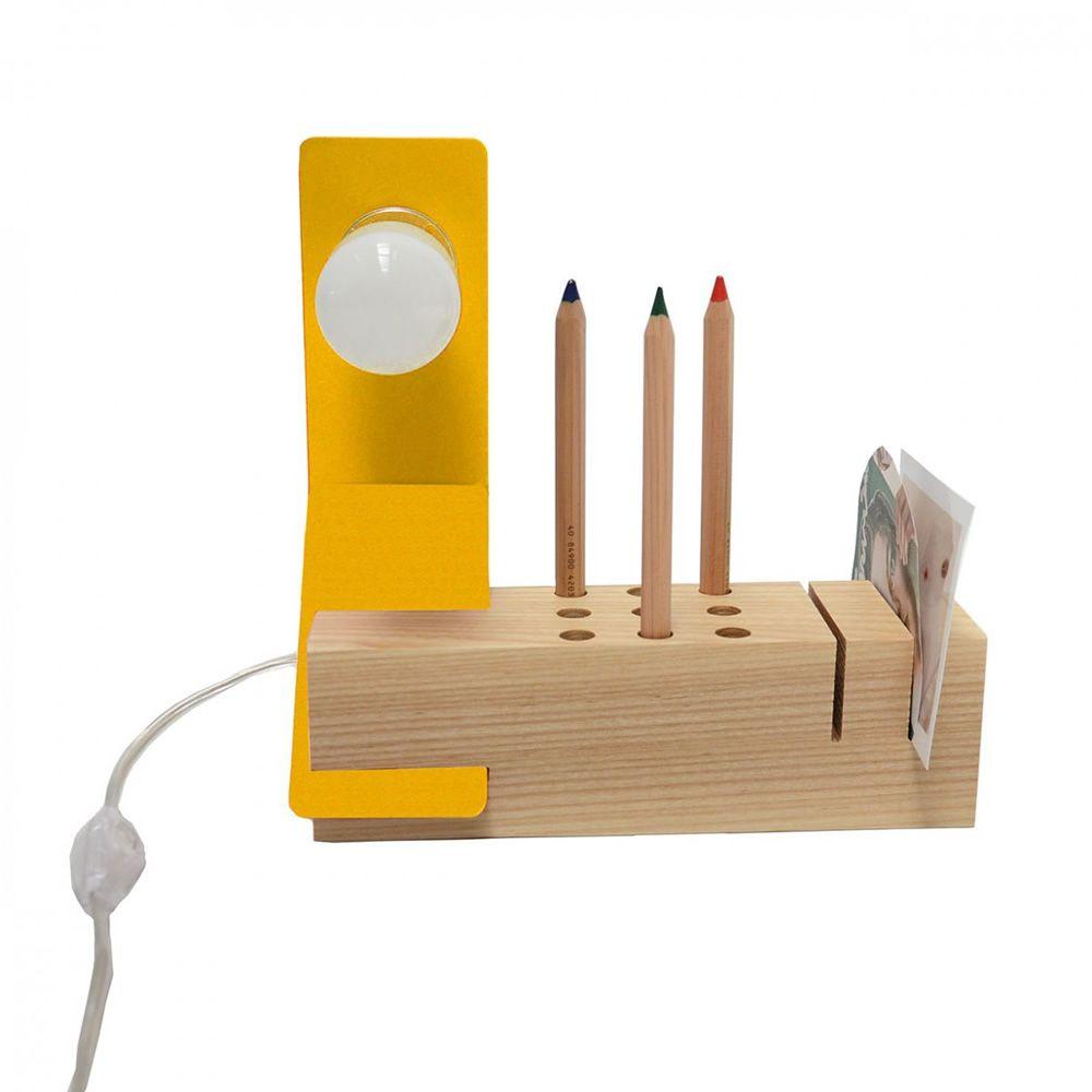 Edi - Lampada da tavolo in metallo laccato giallo con organizer in ...