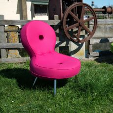 Olo - Poltrona di design Adrenalina, in metallo, con seduta imbottita e rivestita in pelle o diversi tessuti di vari colori