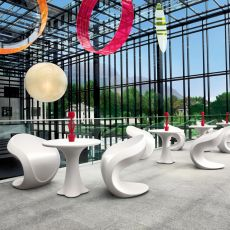 Miss Petra - Design armchair made of technopolymer, different colours available, also for outdoor
