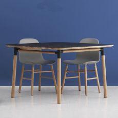 Form-T - Tavolo fisso Normann Copenhagen in legno con piano in laminato, diversi colori e misure disponibili