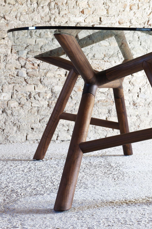 Otto tisch miniforms aus holz mit tischplatte aus glas for Tisch glas holz