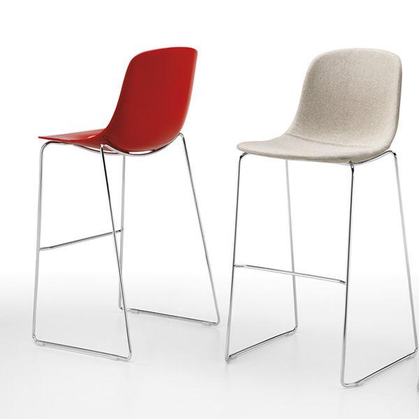 Pure loop stool sgabello impilabile infiniti in metallo for Sgabelli impilabili