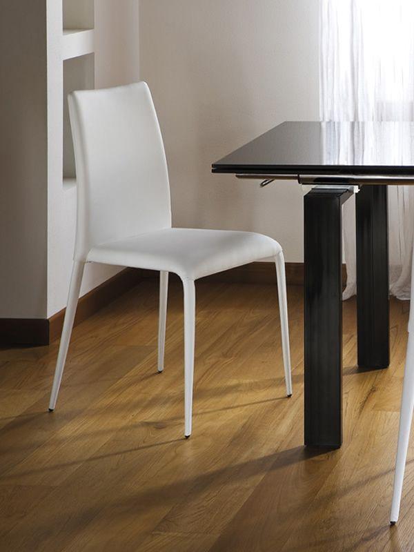 king stuhl midj aus leder kunstleder oder stoff bezogen in verschiedenen farben verf gbar. Black Bedroom Furniture Sets. Home Design Ideas