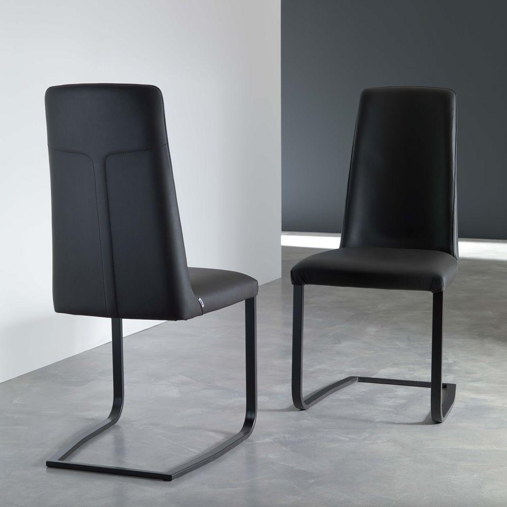Jazz moderner stuhl mit kufengestell aus metall bezug for Designer stuhle leder