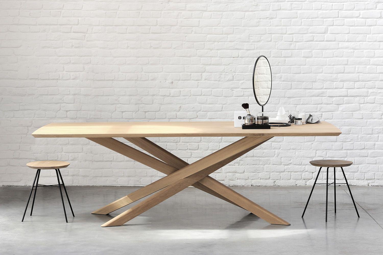 Mikado tavolo fisso di design ethnicraft in legno for Tavolo design outlet
