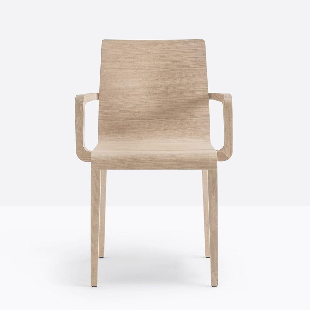 Young 425 - Poltroncina Pedrali di design in legno di rovere ...