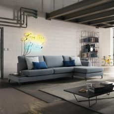 Avatar - 2 or 3XL modern sofa, with lateral angular element and tray