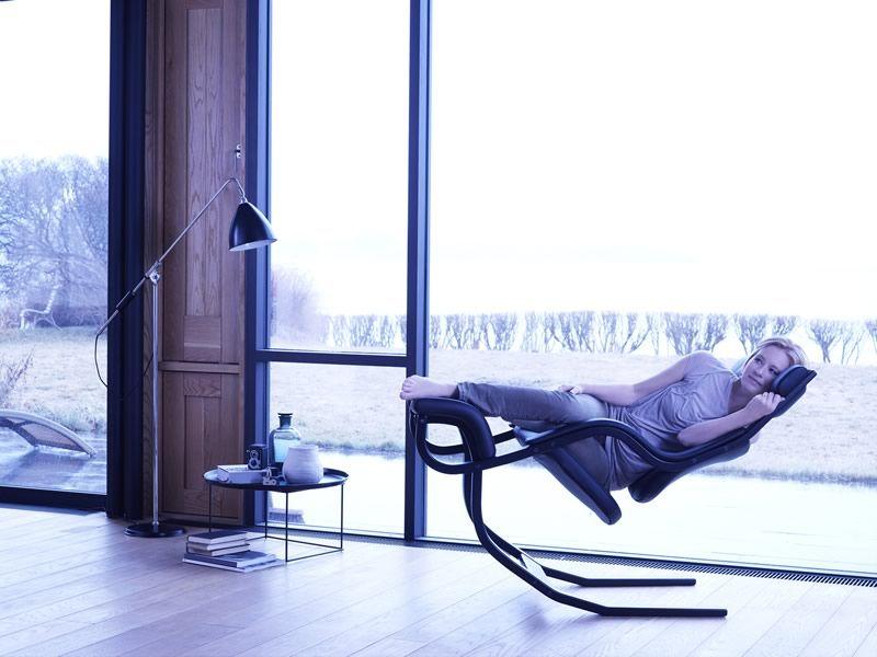 Gravity balans gravity balans ergonomic chair by vari r available in several colours - Gravity balans ...