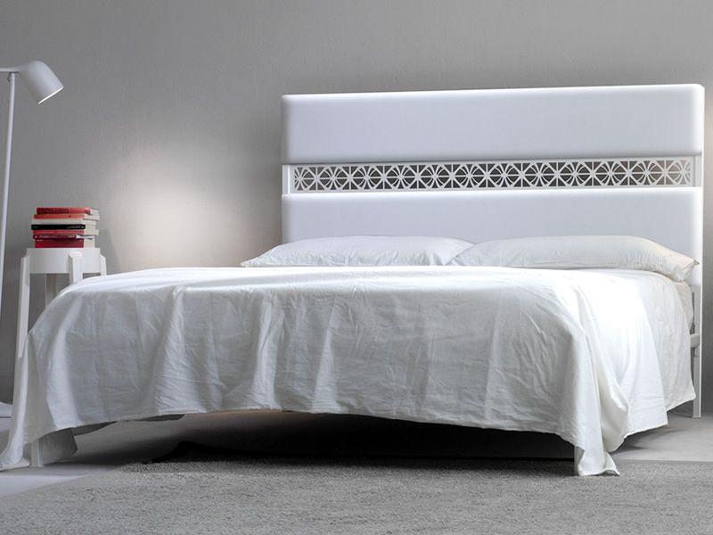 Ajour cama matrimonial de hierro cabecera de hierro y for Cama hierro