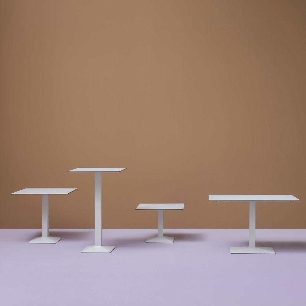 quadra 4160 pour bars et restaurants pi tement de table pour bar ou restaurant en m tal. Black Bedroom Furniture Sets. Home Design Ideas
