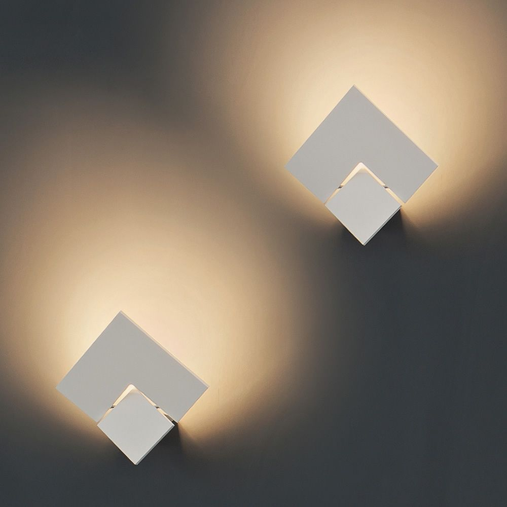 puzzle twist w designer ausrichtbare wandlampe aus metall mit led beleuchtung sediarreda. Black Bedroom Furniture Sets. Home Design Ideas