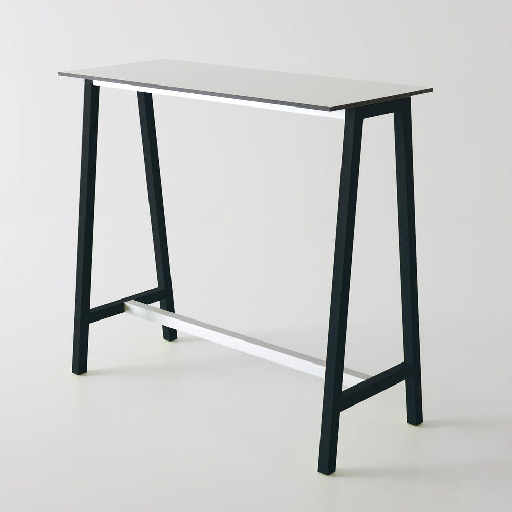 step pour bars et restaurants - table haute avec structure en métal