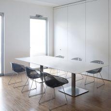 Plano - Tavolo Pedrali da riunione, in metallo con piano in stratificato, rettangolare o ovale, disponibile in diverse misure e colori