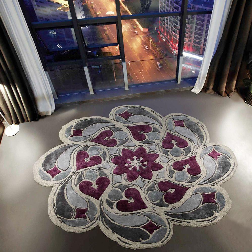 rosone designer runder teppich der sich von den gotischen rosetten inspirieren l sst aus. Black Bedroom Furniture Sets. Home Design Ideas