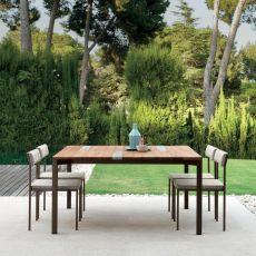 Casilda T - Table en métal pour jardin, plateau en bois d'Iroko et inserts en travertin, disponible en différentes couleurs