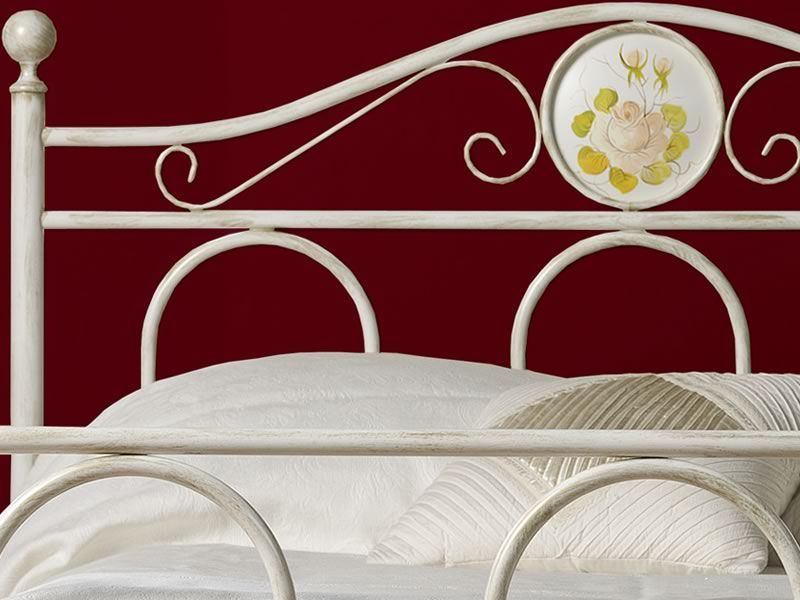 lina lit une place et demi en fer avec d corations. Black Bedroom Furniture Sets. Home Design Ideas