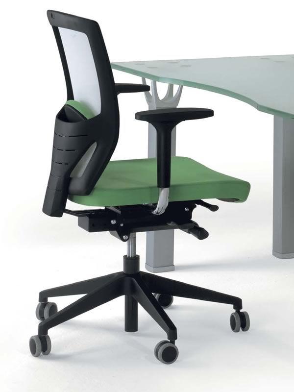 ml476 b rostuhl r ckenlehne aus netz viele bez ge f r die sitzfl che sediarreda. Black Bedroom Furniture Sets. Home Design Ideas