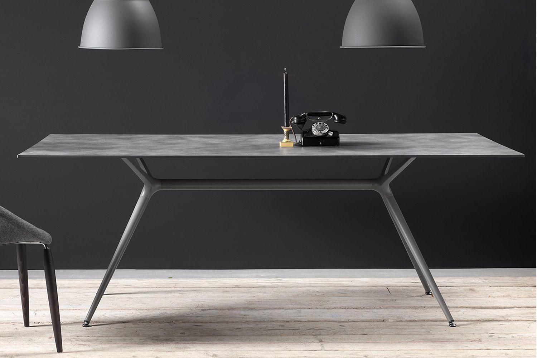 Metropolis XL: Rechteckiger fest Tisch, aus Metall, mit ...