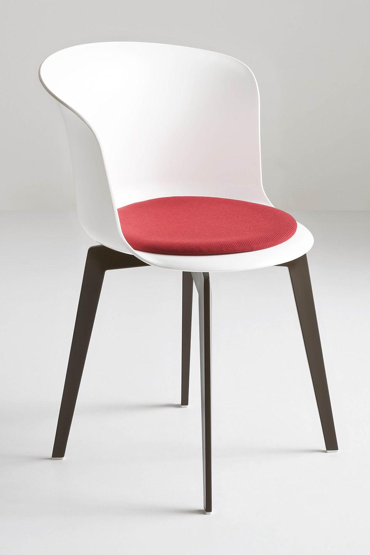 Epica sedia di design in tecnopolimero anche girevole for Sedia design marrone