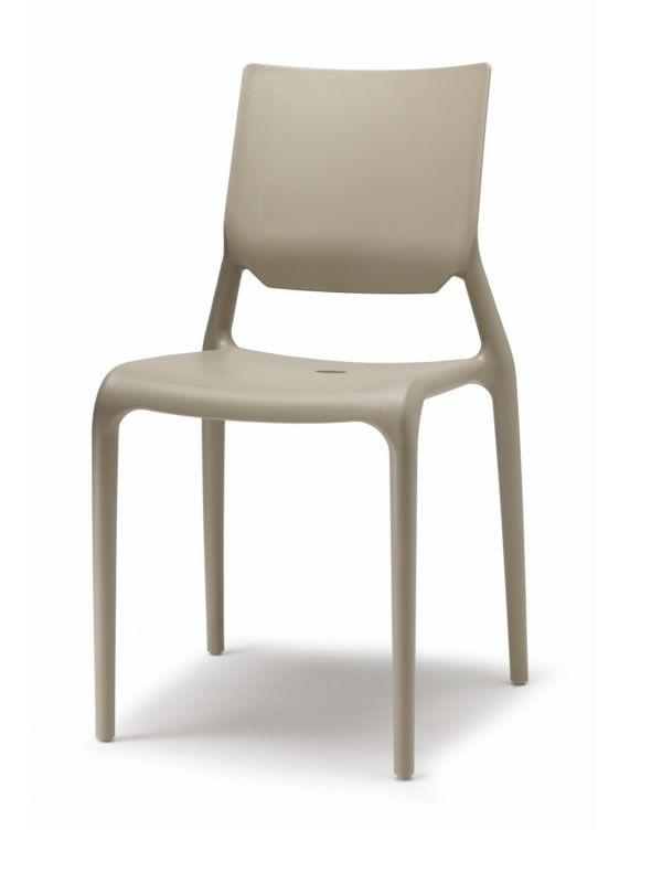 sirio 2319 stapelbarer stuhl aus technopolymer verschiedenen farben verf gbar auch f r garten. Black Bedroom Furniture Sets. Home Design Ideas