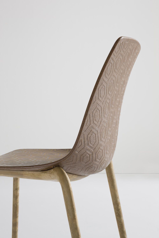 alhambra eco stapelbarer designer stuhl aus recyceltem holz kunststoff gefertigt sediarreda. Black Bedroom Furniture Sets. Home Design Ideas