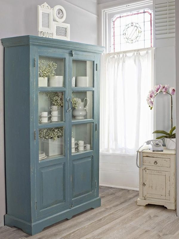 prunella vitrine shabby chic aus holz mit drei. Black Bedroom Furniture Sets. Home Design Ideas