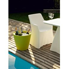 Omnia - Domitalia vase - box storage - side table - pouf made of polyethylen, different colours available, also for garden