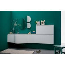 Versa B - Mobile bagno sospeso con piano e lavabo integrato in Korakril™, cassettone, ante e scarpiera, disponibile in diversi colori