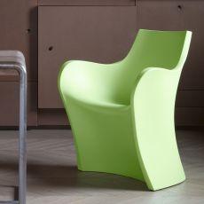 chaises en plastique transparentes et color es sediarreda. Black Bedroom Furniture Sets. Home Design Ideas