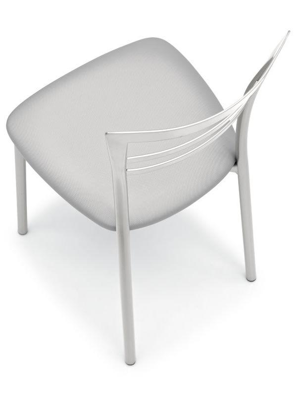 cb1419 go f r bars und restaurants stuhl aus metall f r bars und restaurants mit. Black Bedroom Furniture Sets. Home Design Ideas