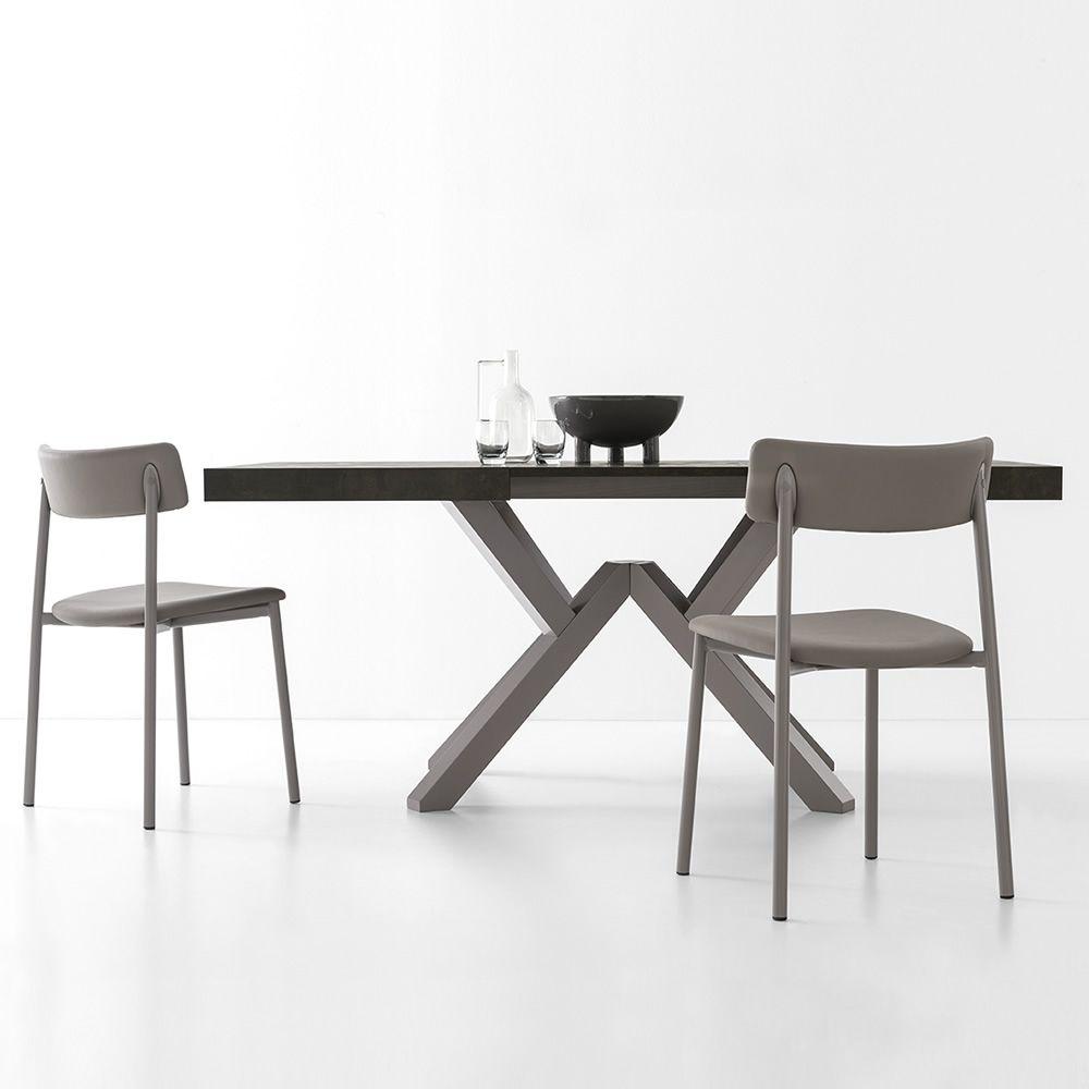 Cb4789 lr mikado tavolo allungabile connubia calligaris in legno con piano rettangolare in - Tavolo con sedie diverse ...