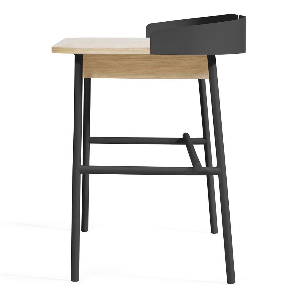 Victor scrivania di design in metallo e legno dotata di for Scrivania di design a parete