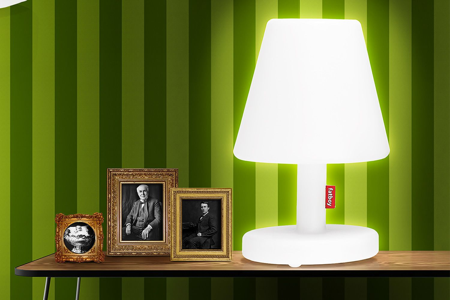 Edison The Medium: Table lamp Fatboy, in white polypropylene, with remote control, LED, for ...