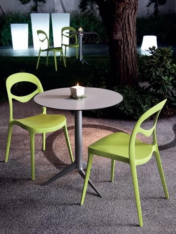 foryou chaise empilable domitalia en polypropyl ne aussi pour jardin sediarreda. Black Bedroom Furniture Sets. Home Design Ideas