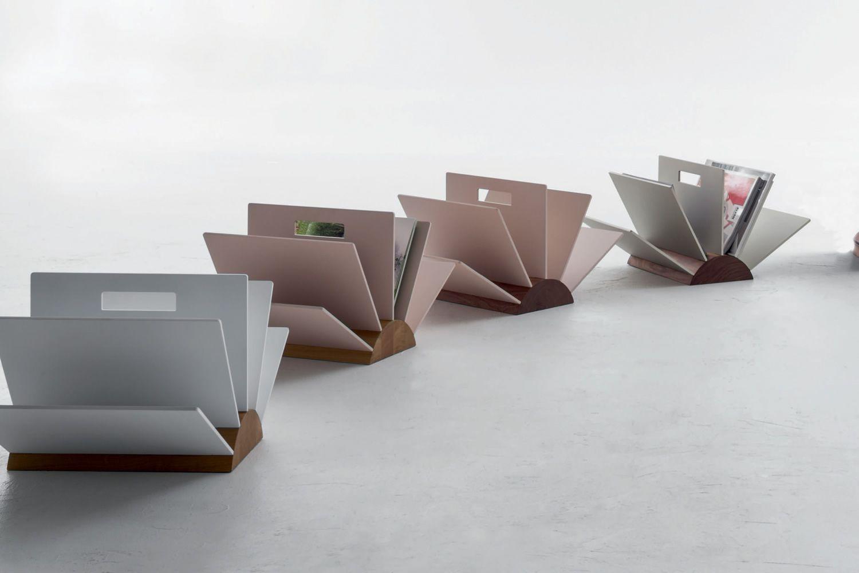 book 7492 porte revues tonin casa en bois sediarreda. Black Bedroom Furniture Sets. Home Design Ideas