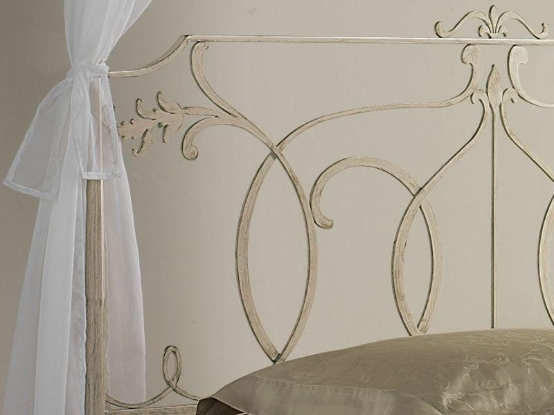 Concerto b lit baldaquin classique avec d corations l gantes disponible en diff rentes for Peinture sur fer forge