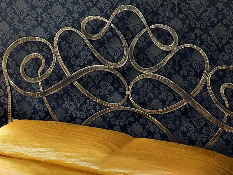 Arabesco letto matrimoniale in ferro battuto disponibile in diverse finiture sediarreda - Testata letto matrimoniale ferro battuto ...
